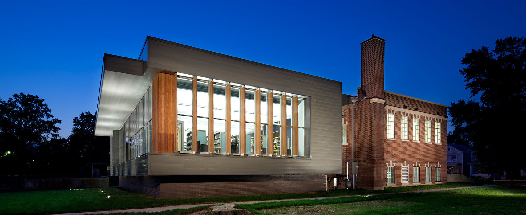 shawnee-library-exterior-sideview