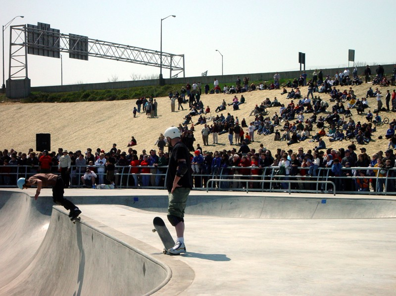 x-treme-park-louisville-opening-day-crowd
