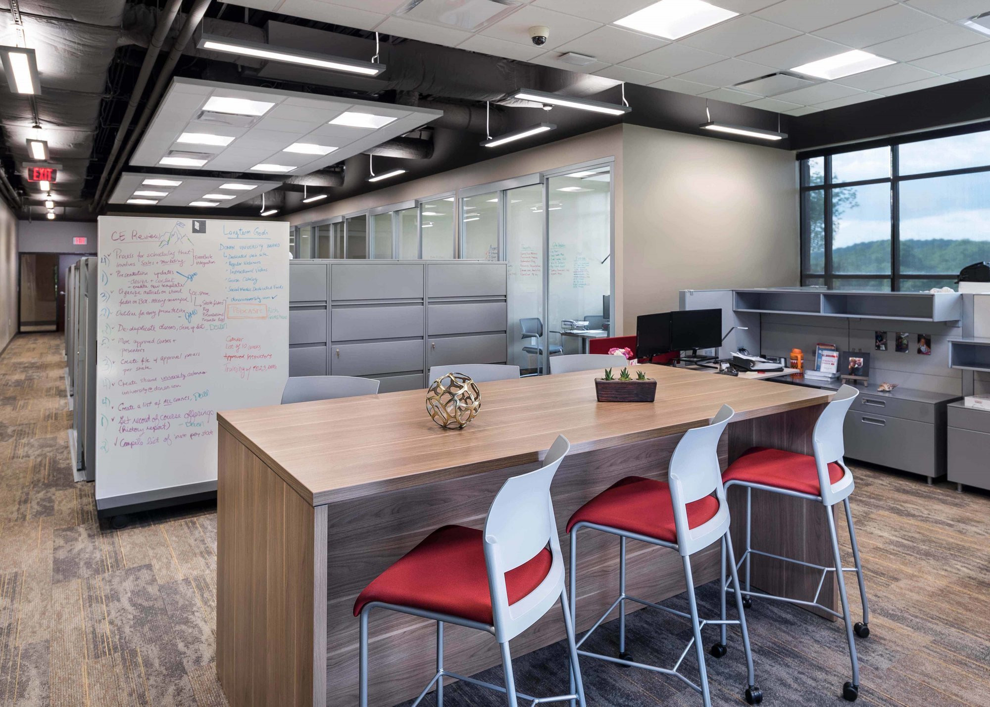 donan-engineering-new-headquarters-office-building-interior-collaborative-space