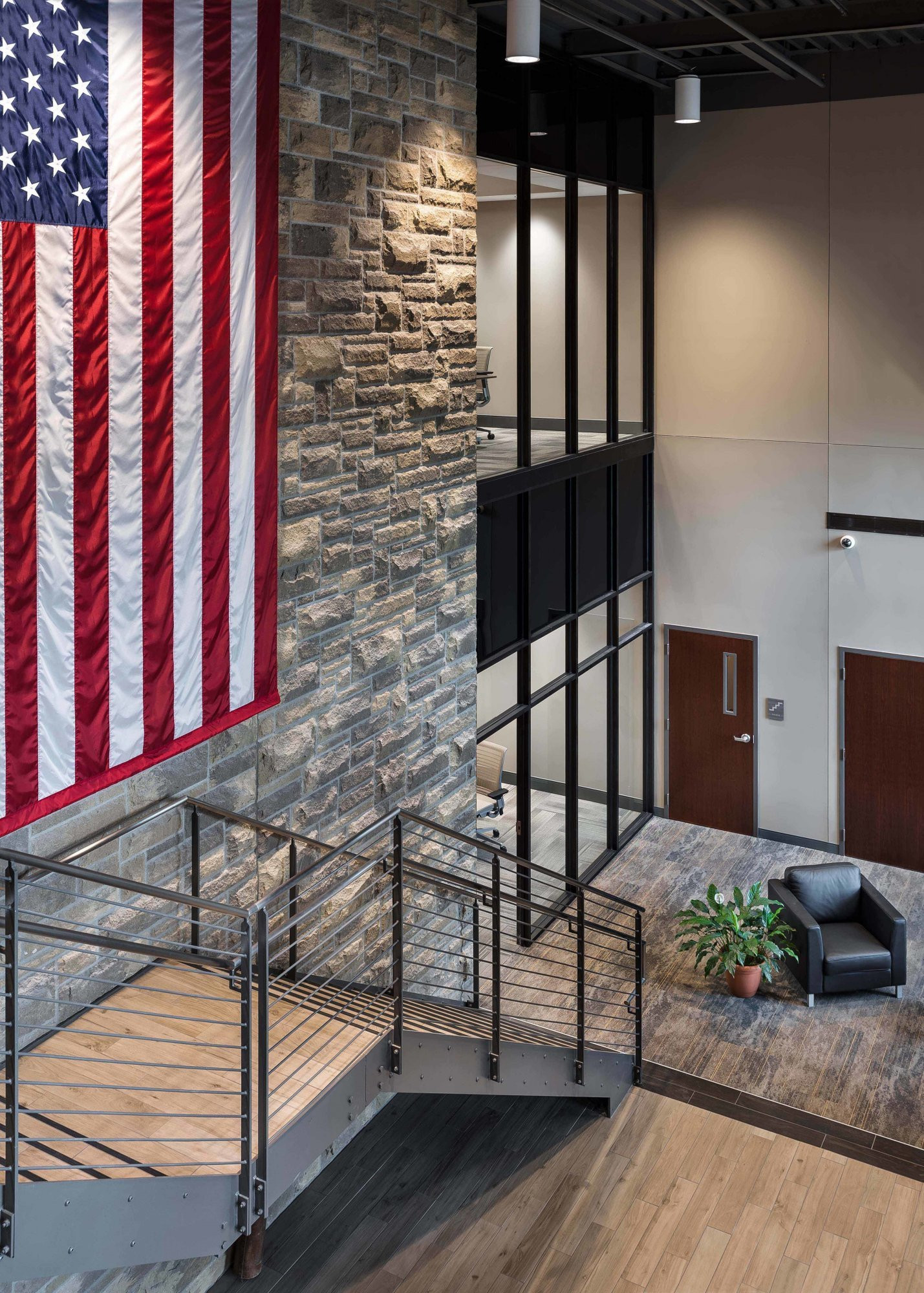 donan-engineering-new-headquarters-office-building-stairwell