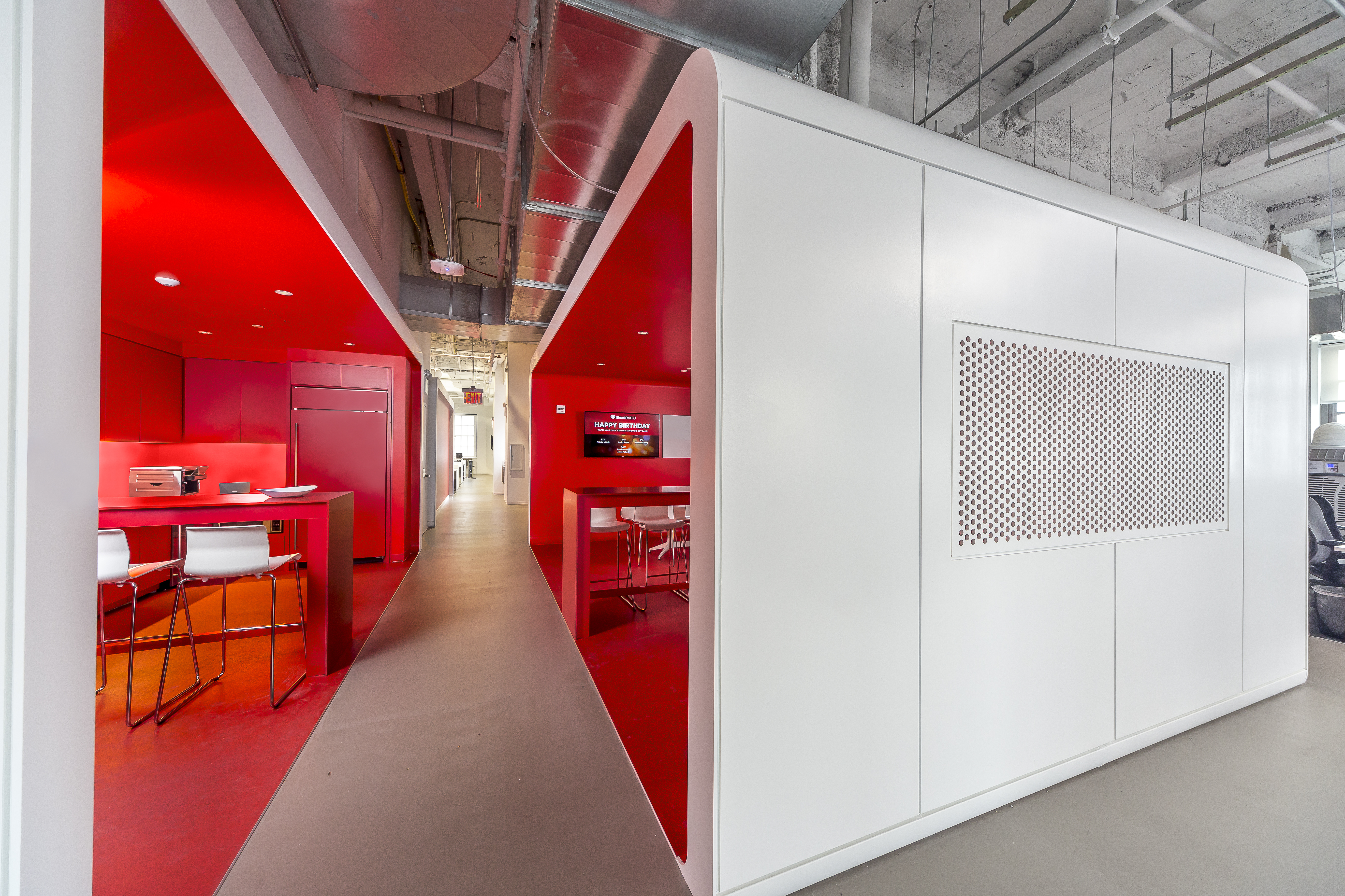 iheart-nyc-red-boxes