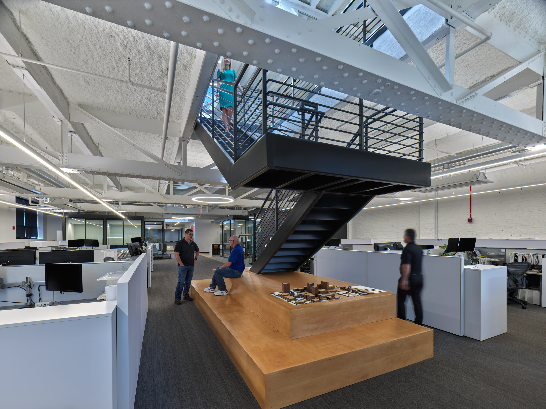 luckett&farley-office-stairwell-wpeople