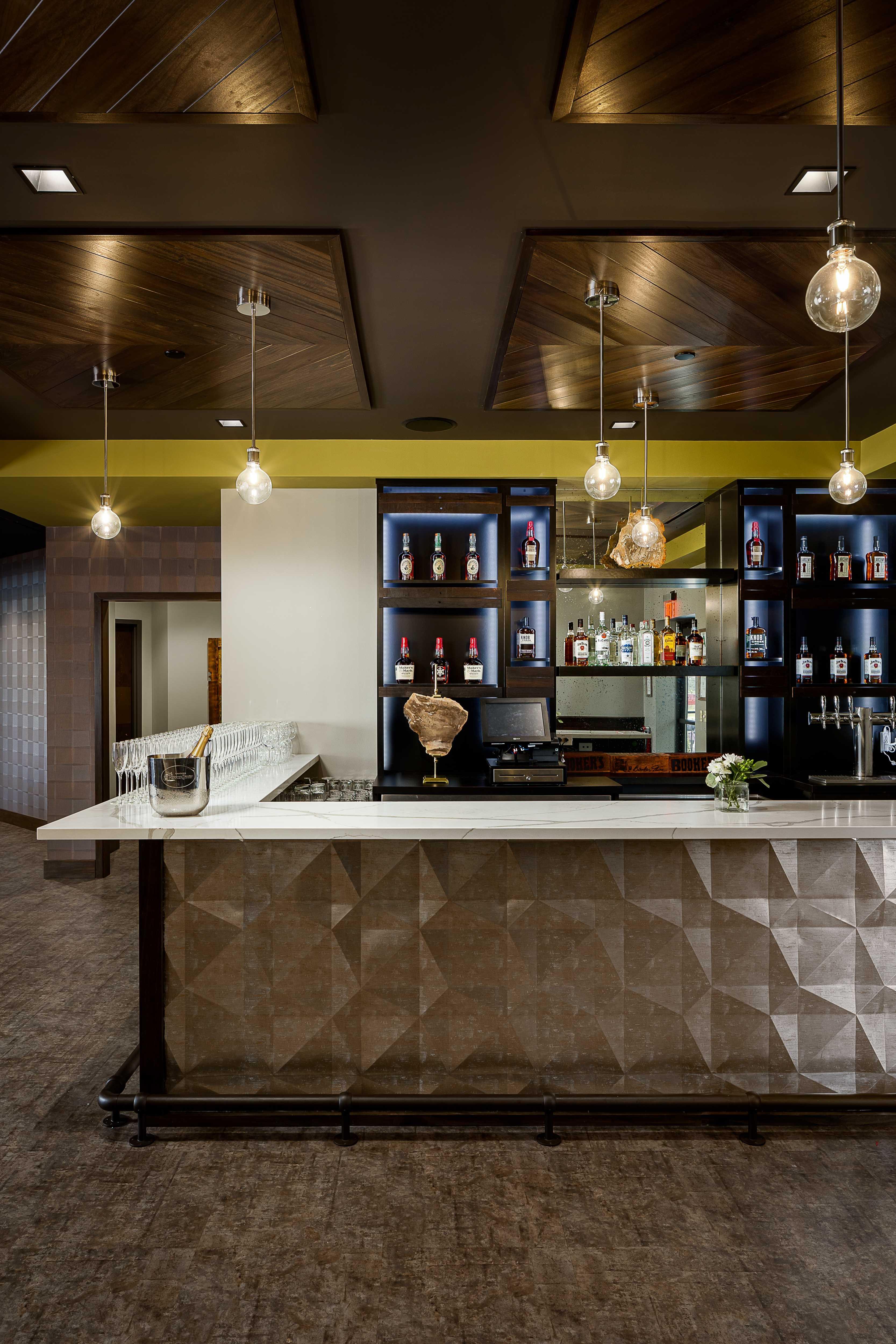savor-river-house-bar