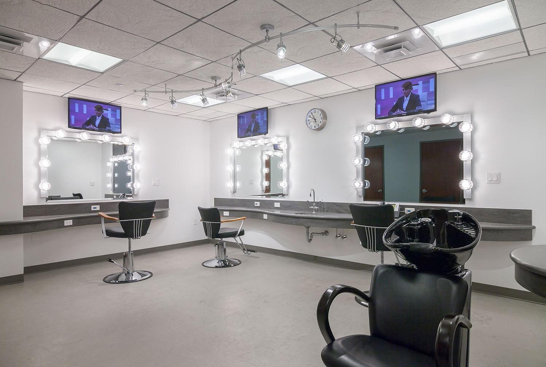 tribune-company-wpix-tv-glam-room