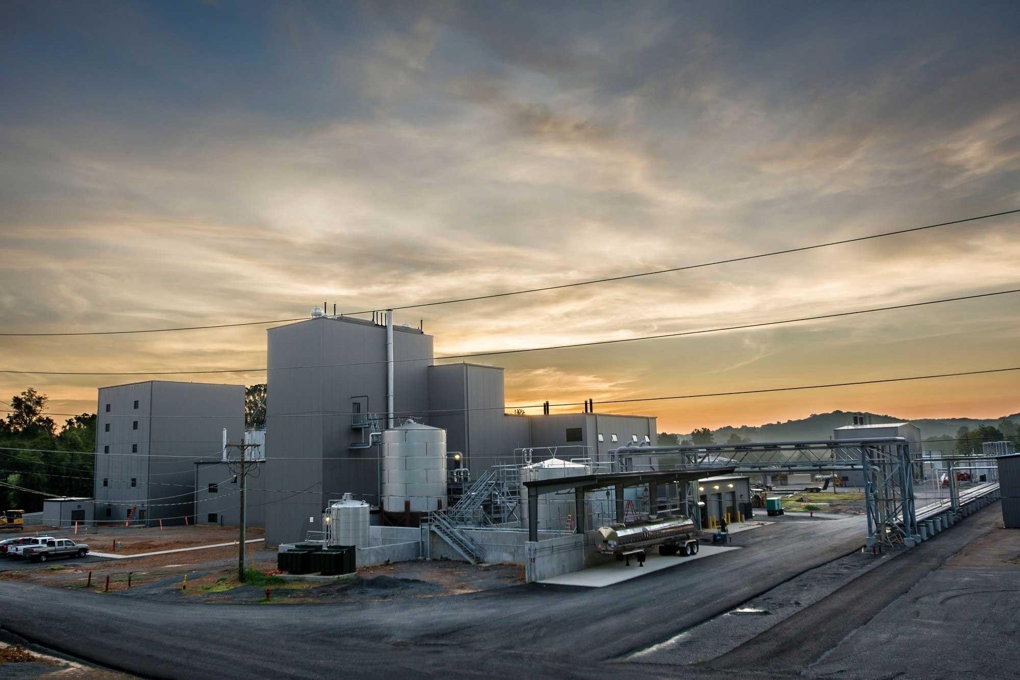 jack-daniels-distillery-campus-exterior