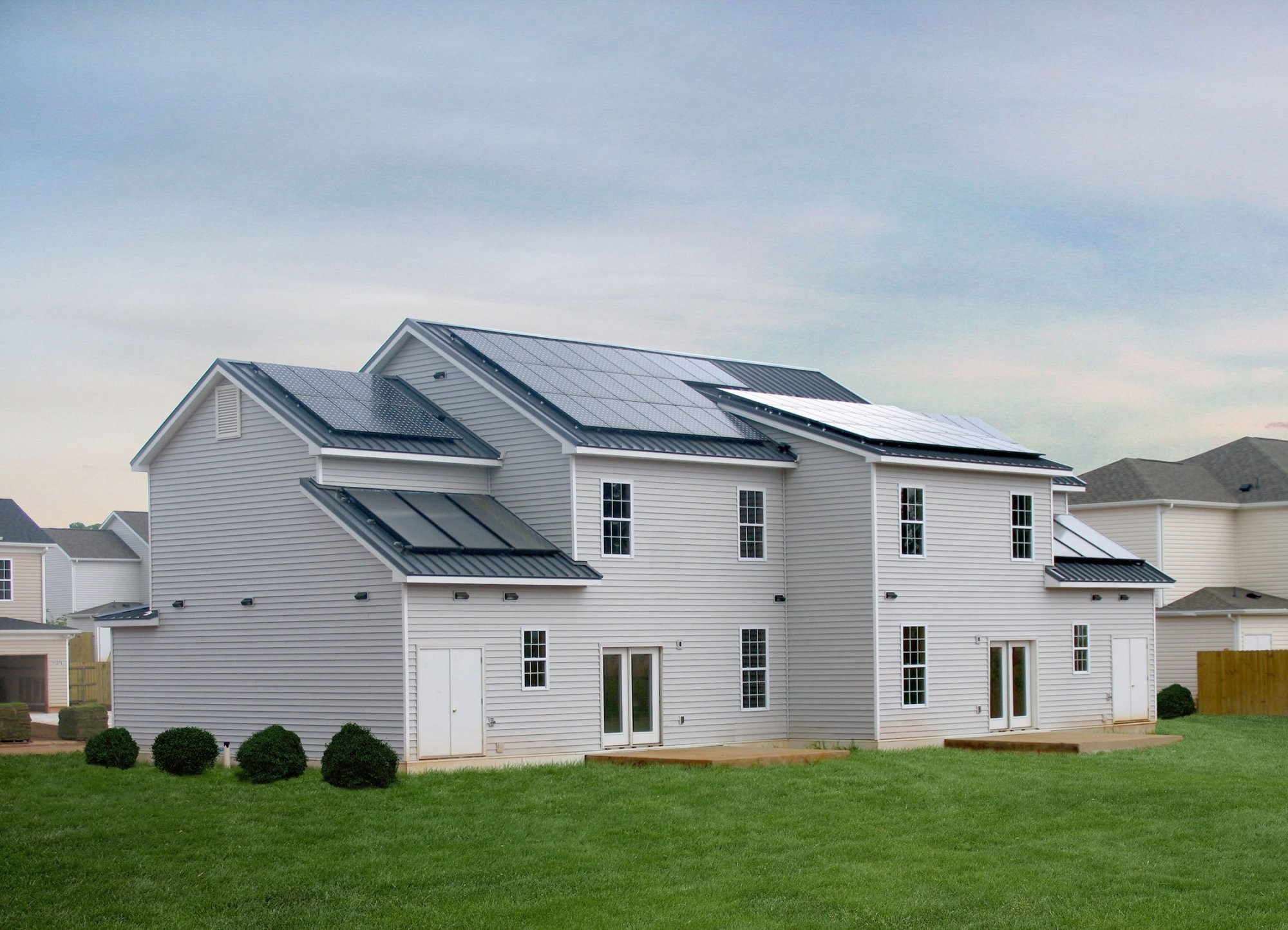 ft-campbell-zero-energy-housing-exterior-backview
