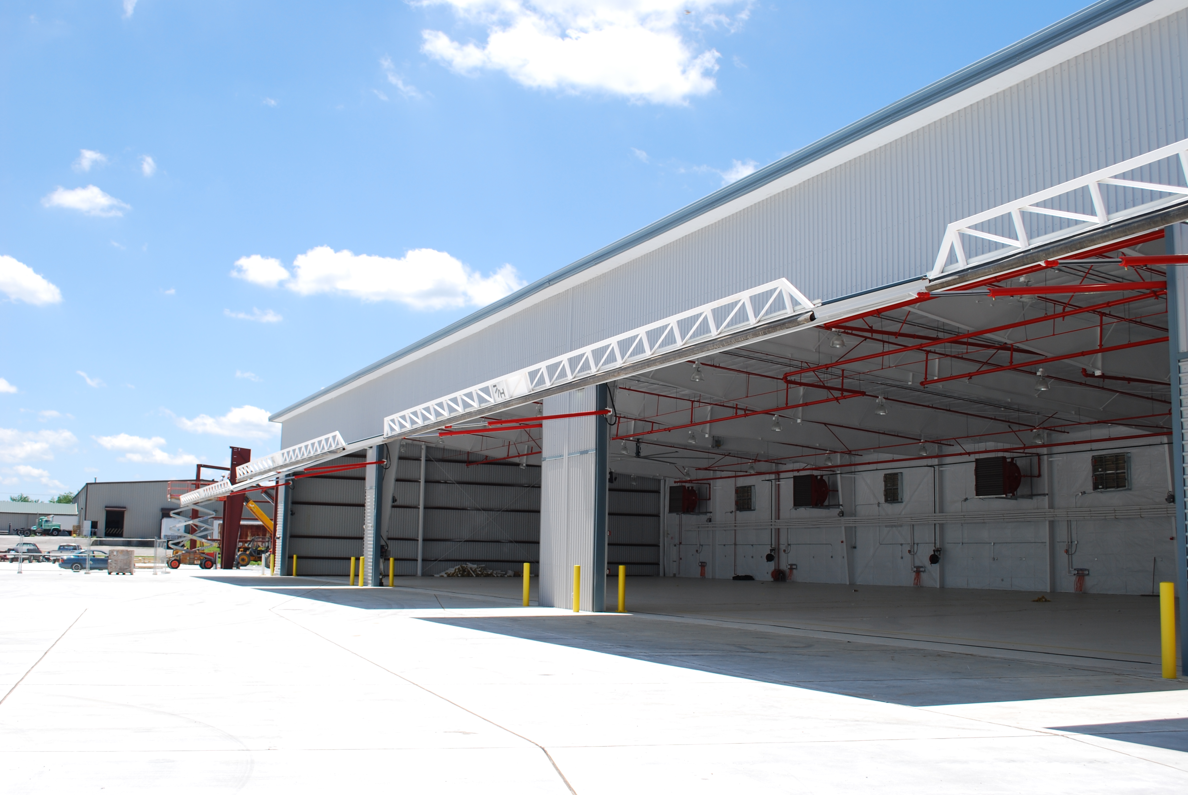 london-joint-operations-facility-exterior-garage