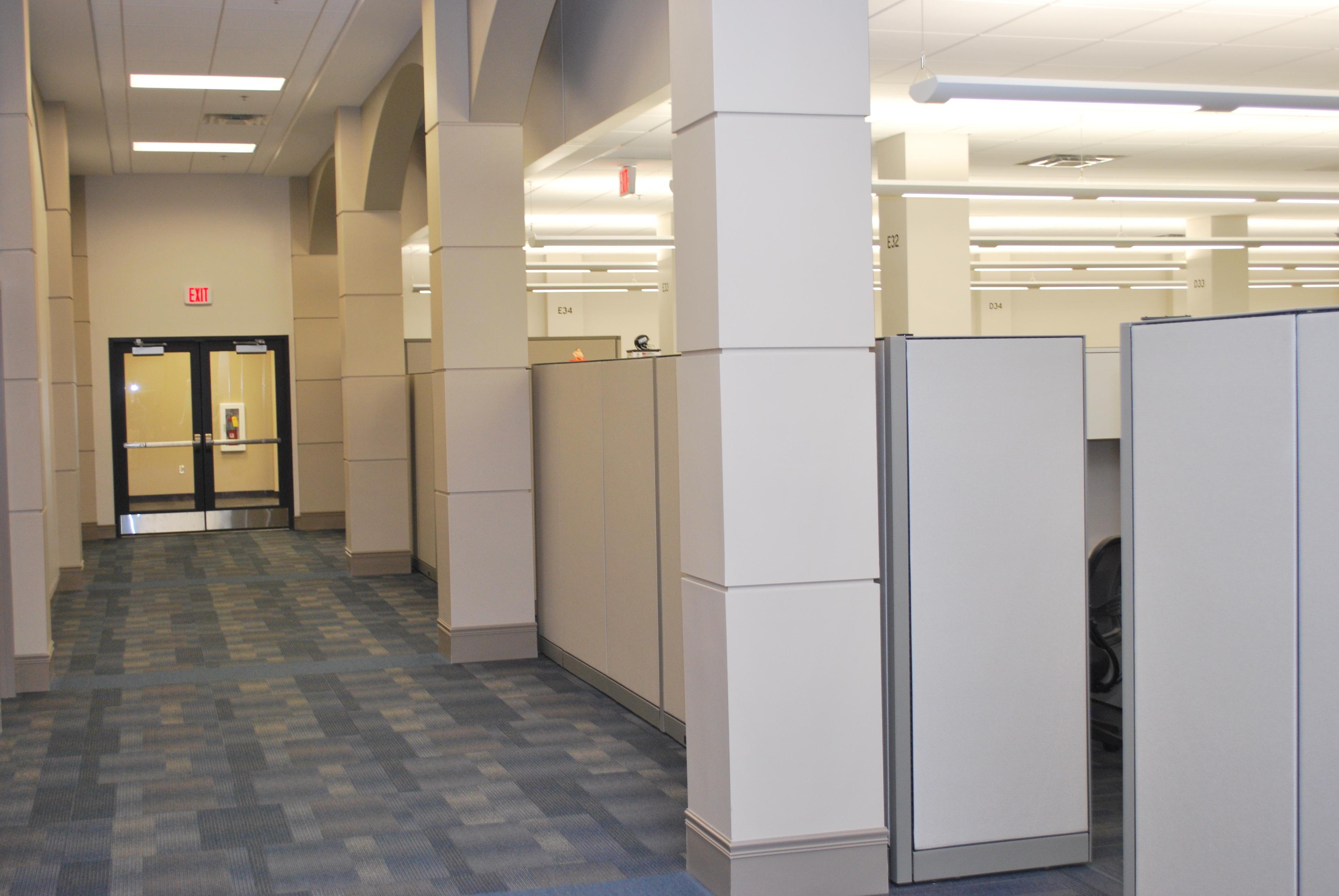 wright-patterson-airforce-base-office-hallway