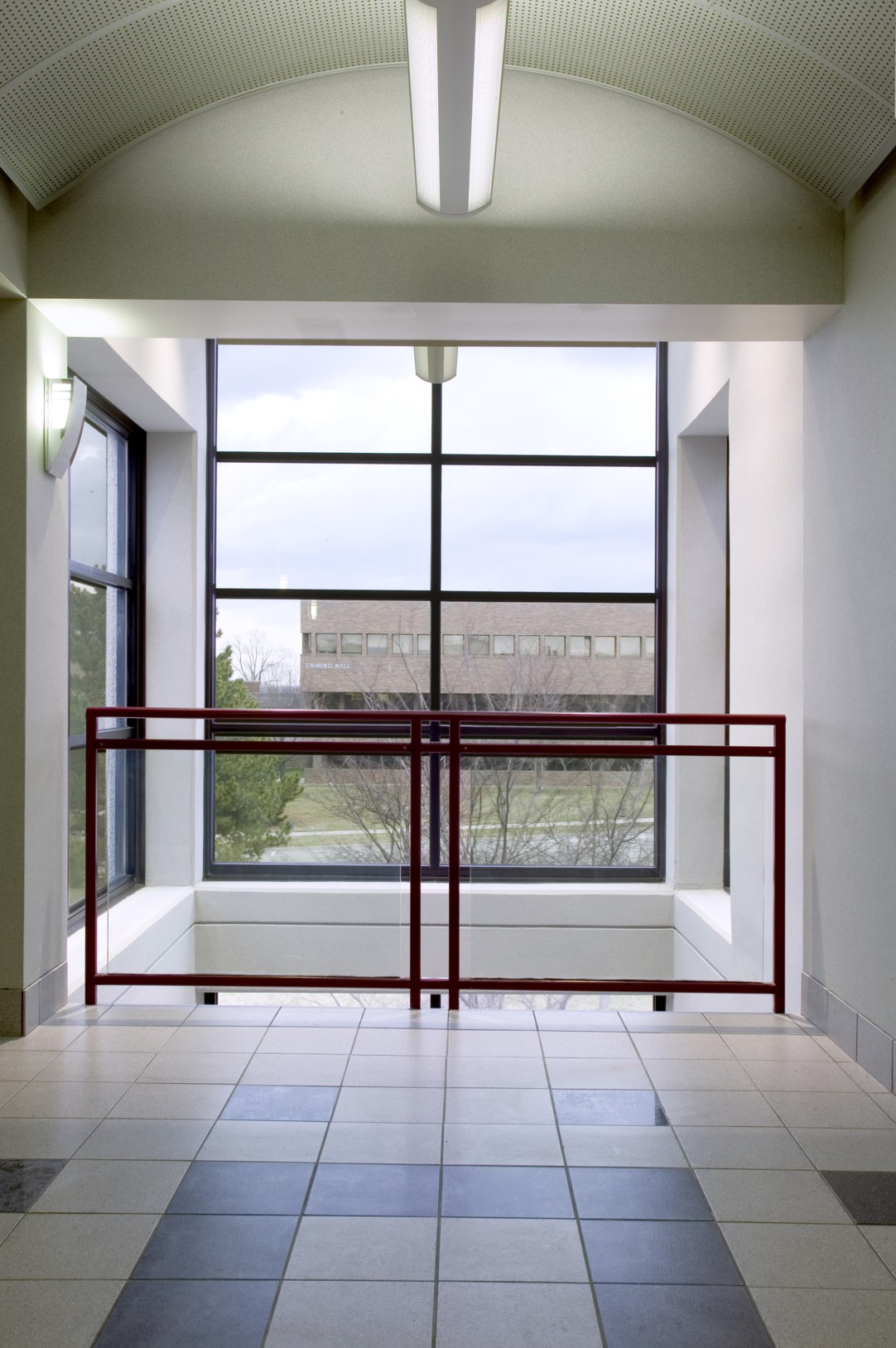 wright-patterson-airforce-base-technology-building-640-elevator-passthrough