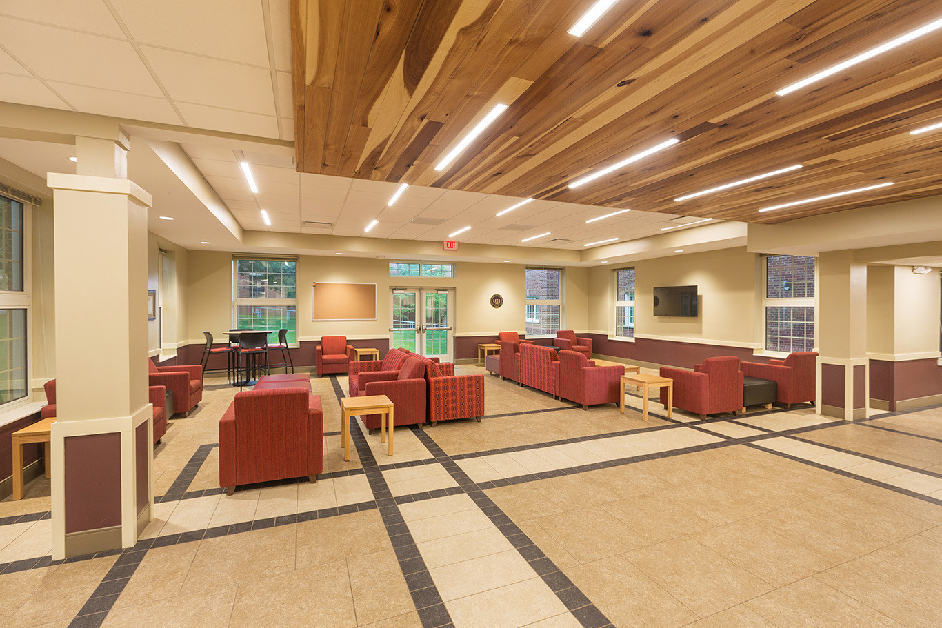 berea-bingham-hall-lobby