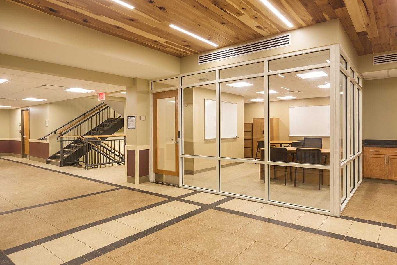 berea-bingham-hall-meeting-room