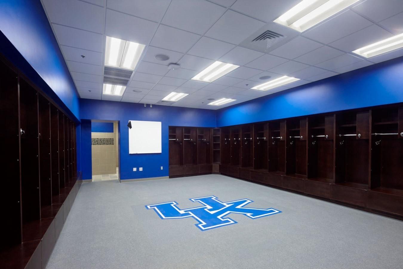 university-of-kentucky-john-cropp-softball-stadium-locker-room