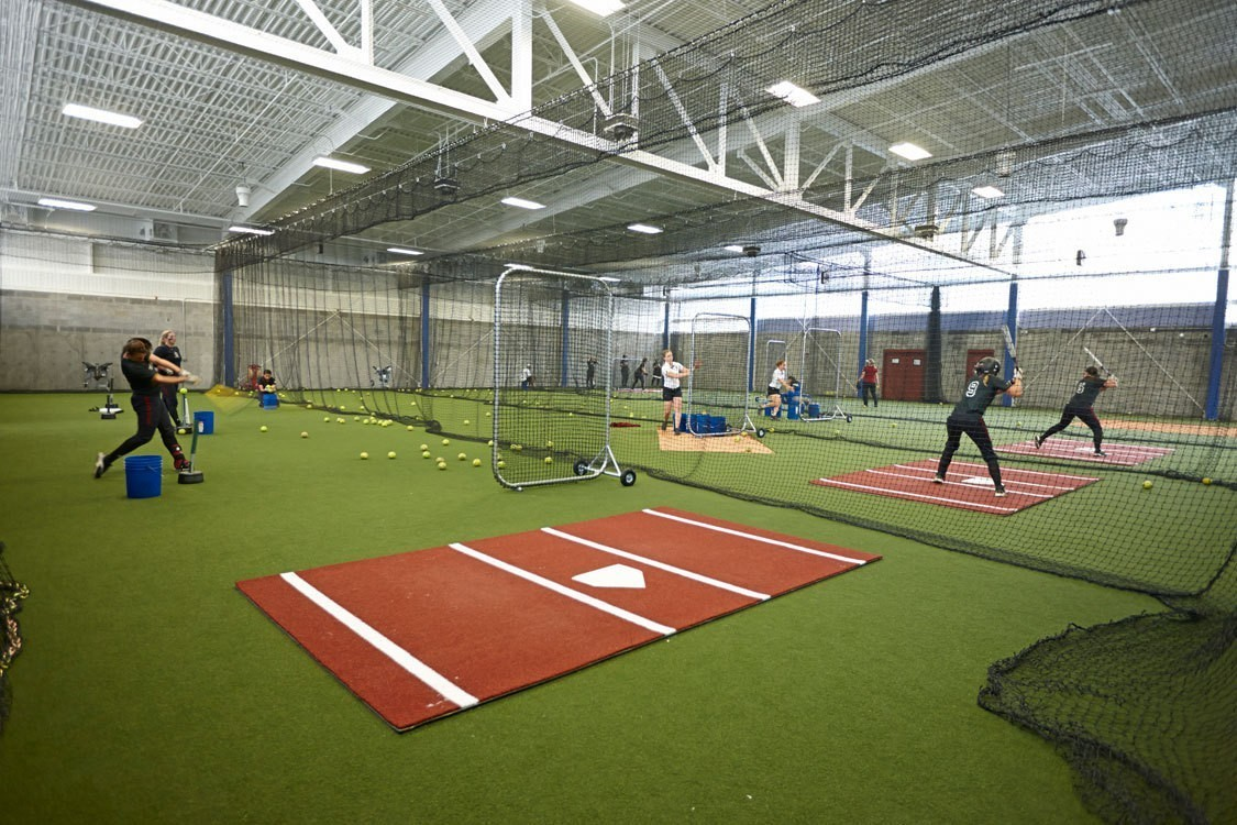university-of-kentucky-john-cropp-softball-stadium-training-room