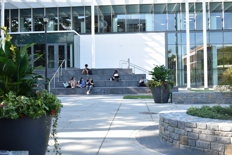 university-of-kentucky-memorial-hall-steps