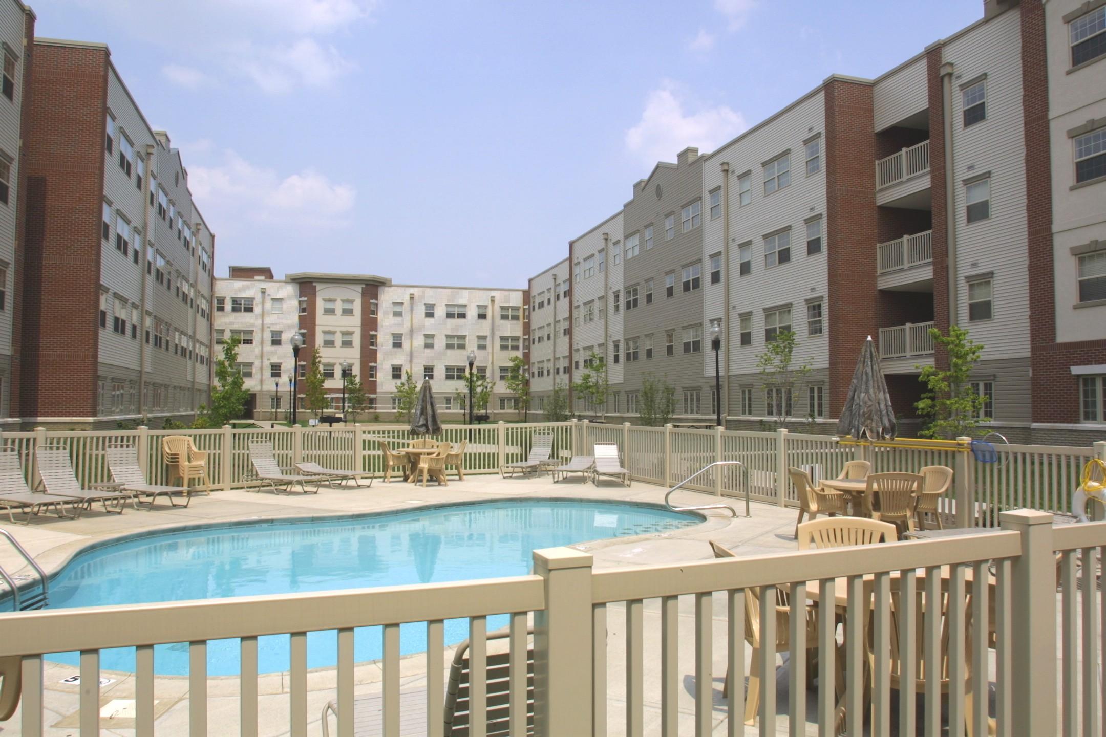 university-of-louisville-bettie-johnson-pool