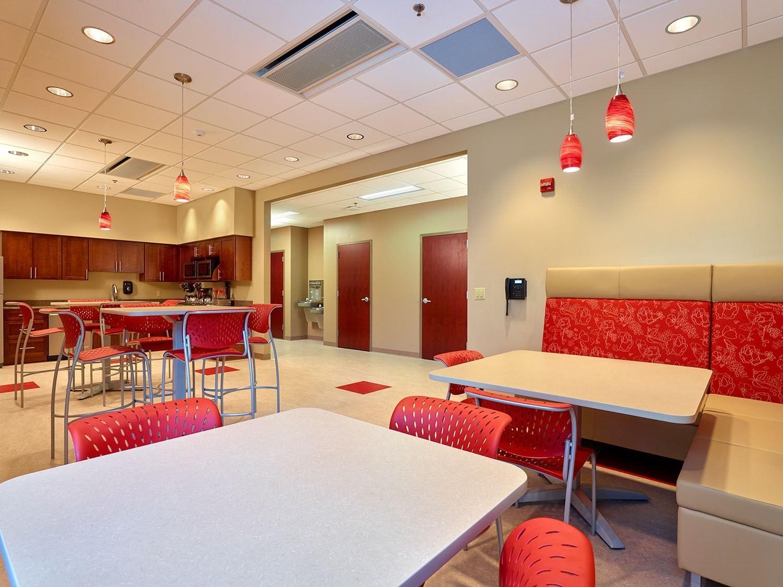 corporate-administrative-building-cafeteria
