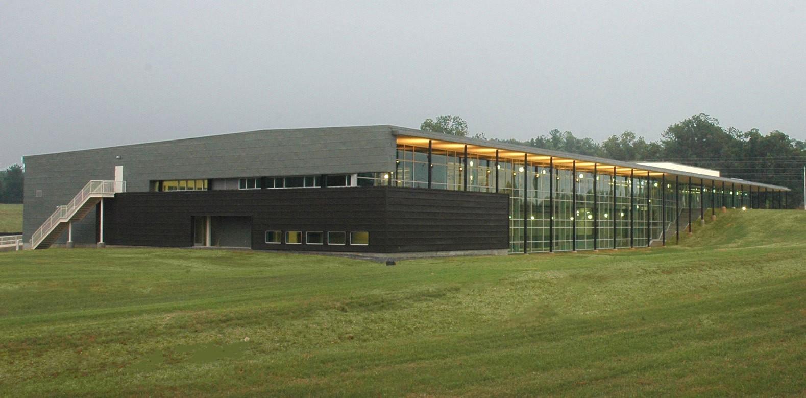 kia-training-center-exterior-sideview