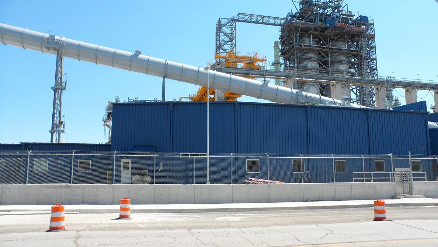 marathon-refinery-chemical-storage-mixing-facility-exterior-sideview